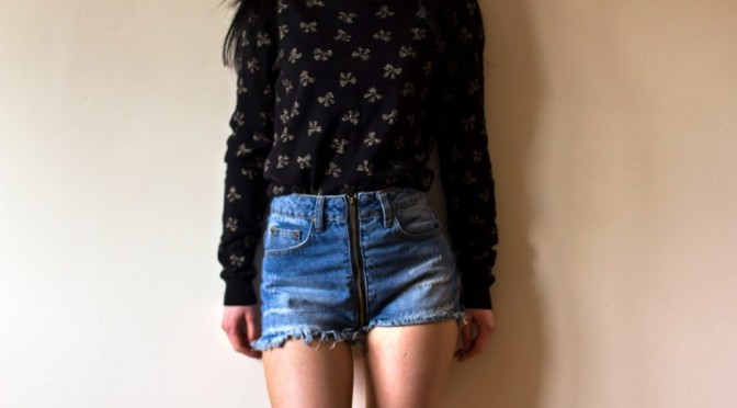 shorts-and-jumper
